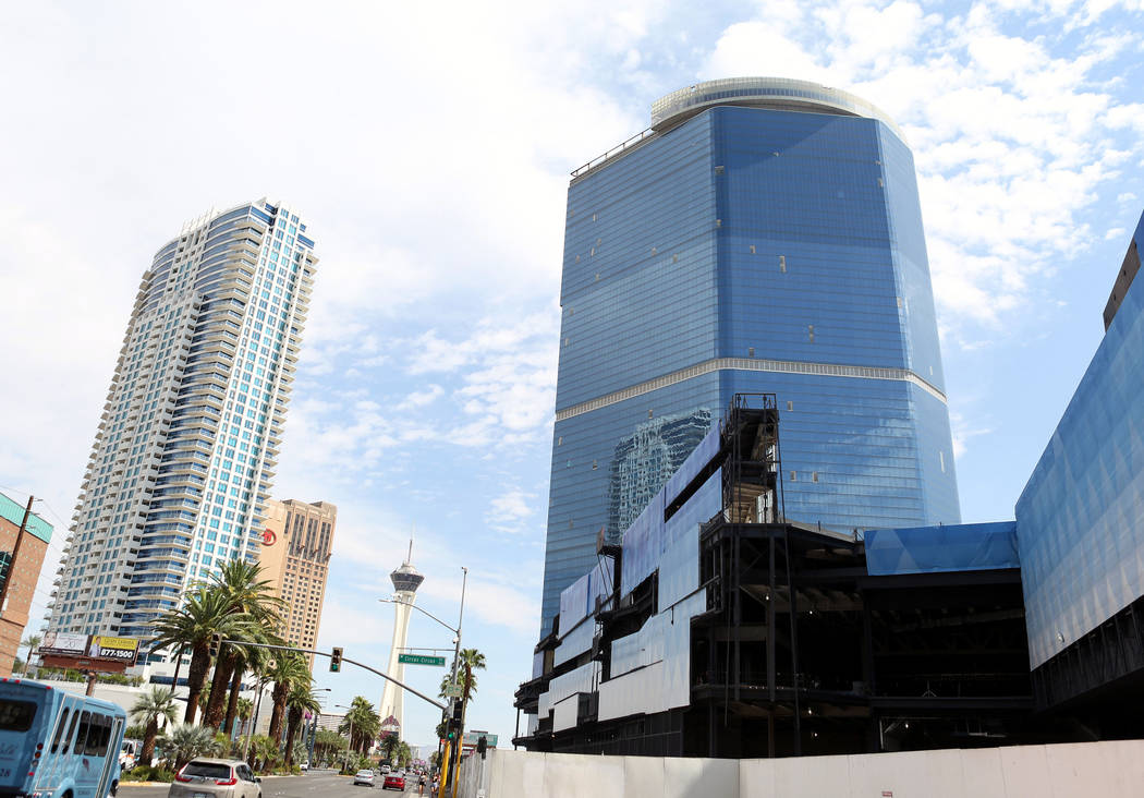 fontainebleau on las vegas strip has new name and opening